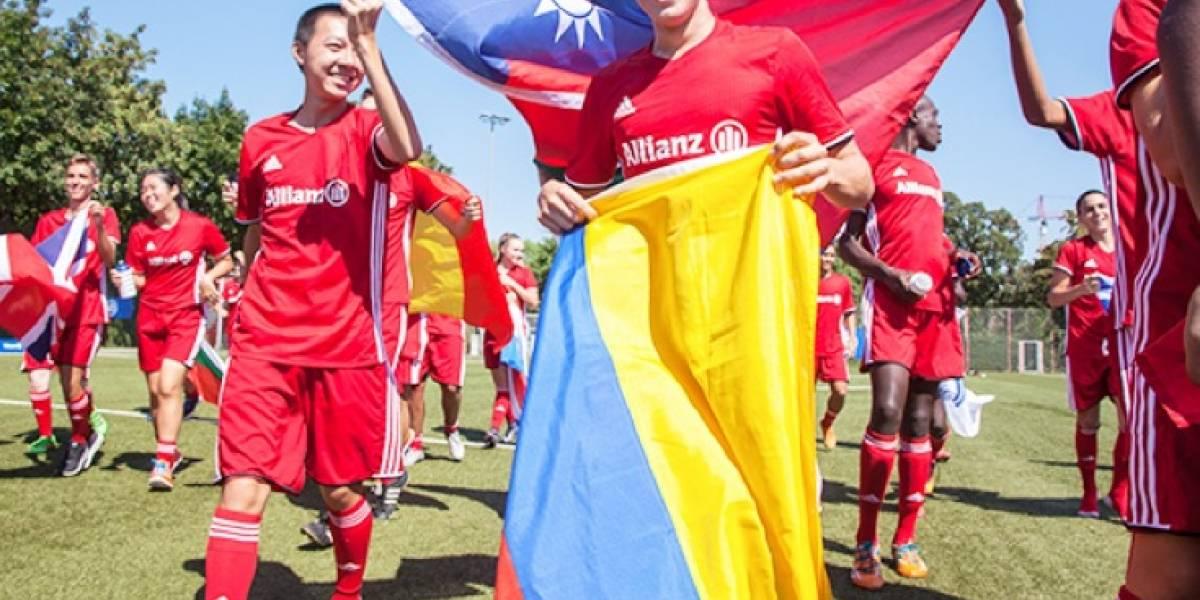 Dos niños colombianos dentro del grupo de seleccionados para ir al conocer a James en el Bayern Múnich