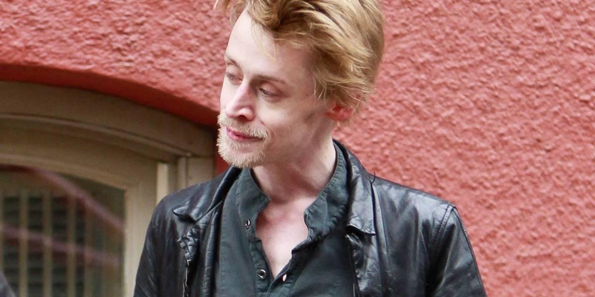 Ya no luce así: Macaulay Culkin aparece con mejorada imagen