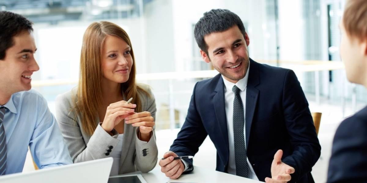 Empleados de logística, hotelería y prensa, los más satisfechos con sueldos