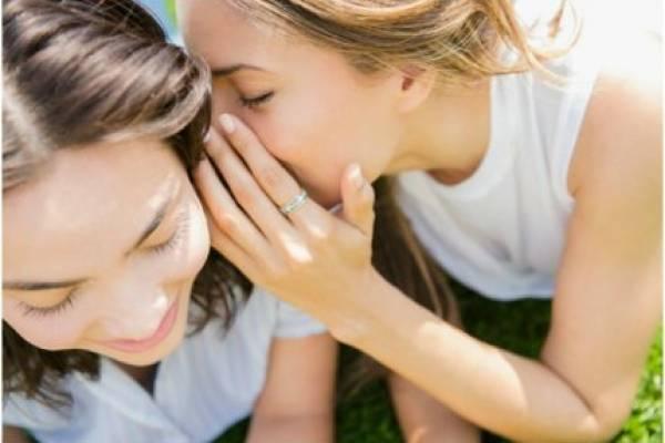 Wollying: cuando las mujeres hacemos bullying a otras