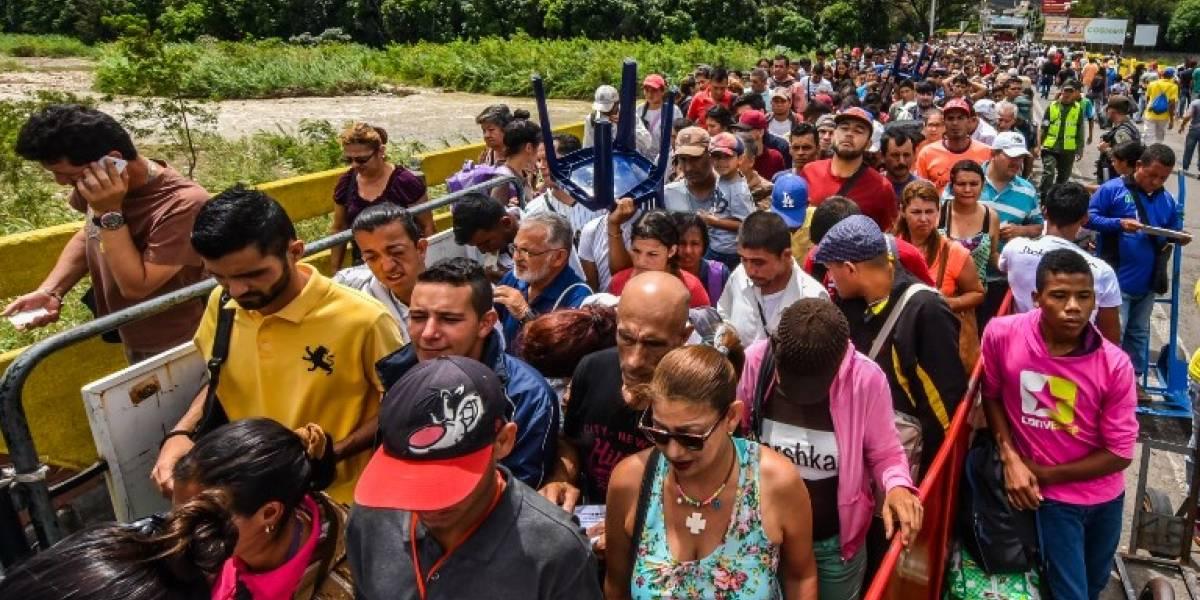 La arepa se come más en el exterior: éxodo en Venezuela se compararía al de Siria y Myanmar