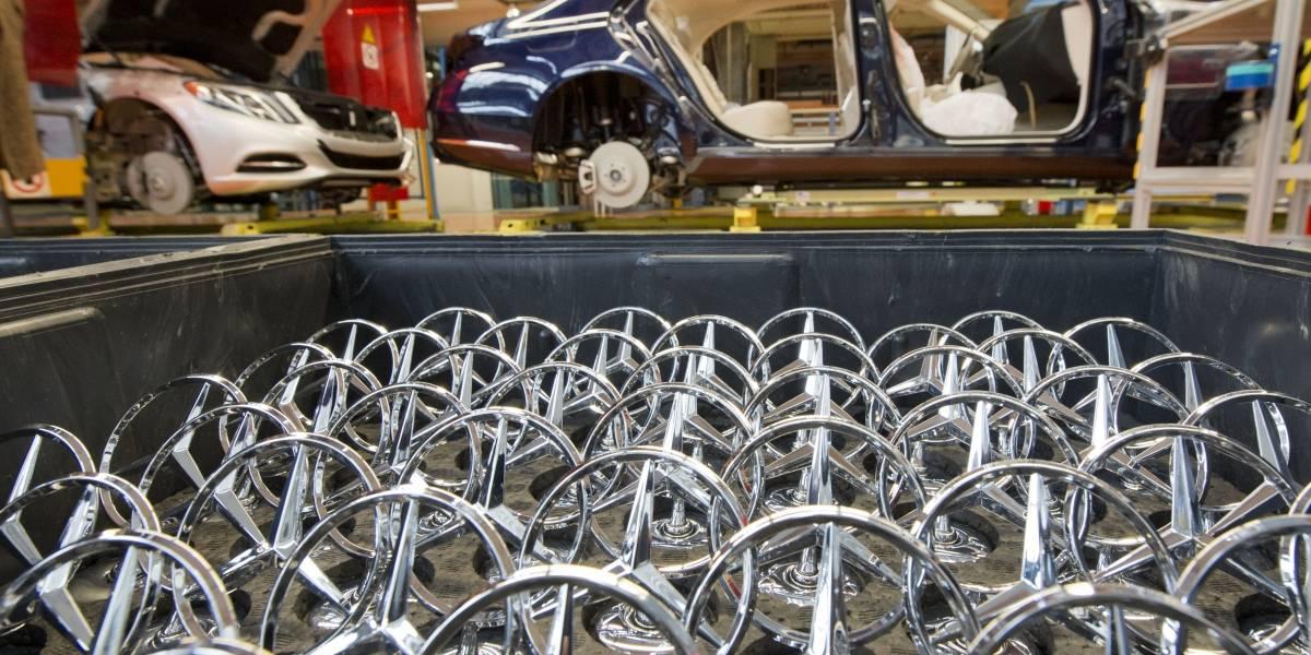 Mercedes-Benz habría sido el primero en autodenunciarse en Alemania