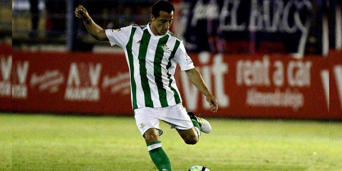 Guardado jugó sus primeros minutos con el Betis