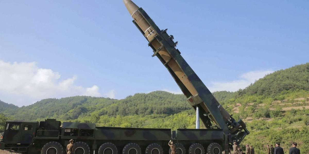 Corea del Norte celebra acto militar, entre especulación sobre otro test de armas