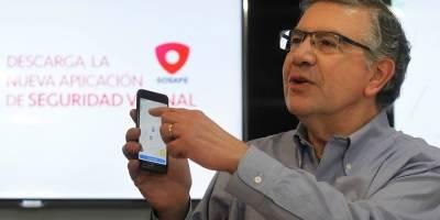 Joaquín Lavín funa a jóvenes que intentaron destruir cámara de seguridad