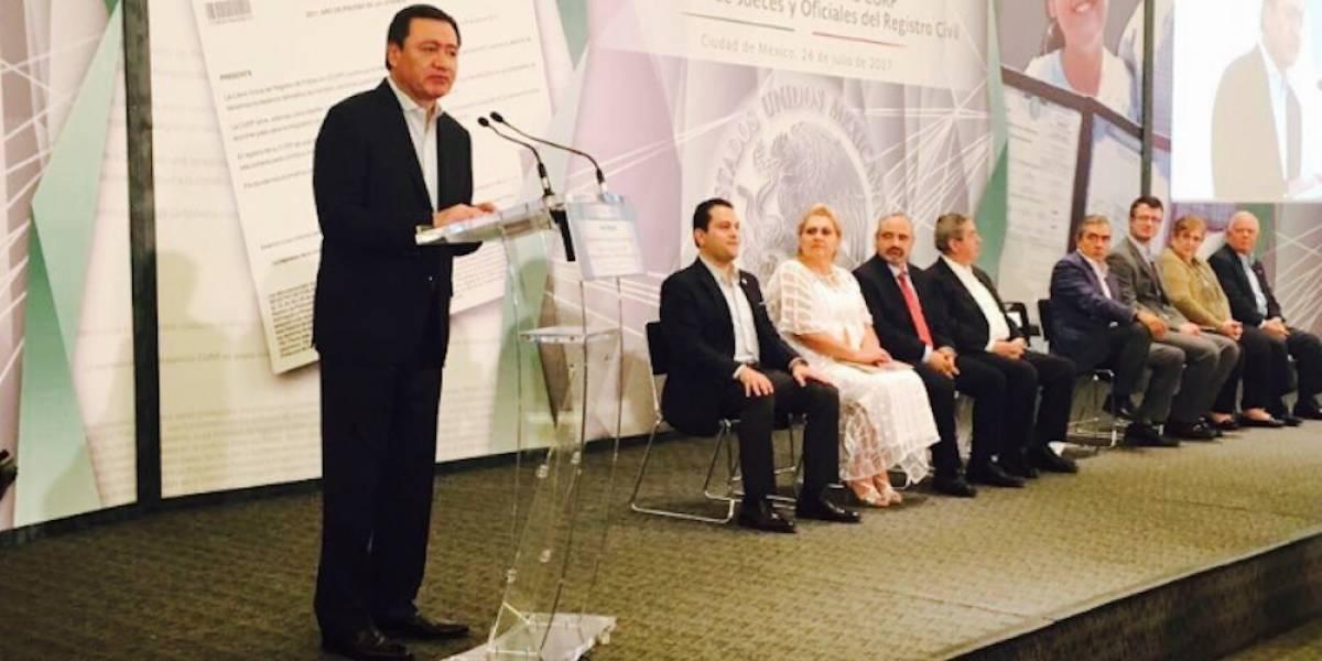 Gobierno trabaja para que no haya mexicanos invisibles: Osorio Chong