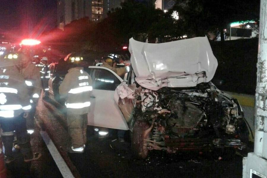 https://www.publimetro.com.mx/mx/noticias/2017/07/26/cierran-carretera-mexico-toluca-accidente-vial.html
