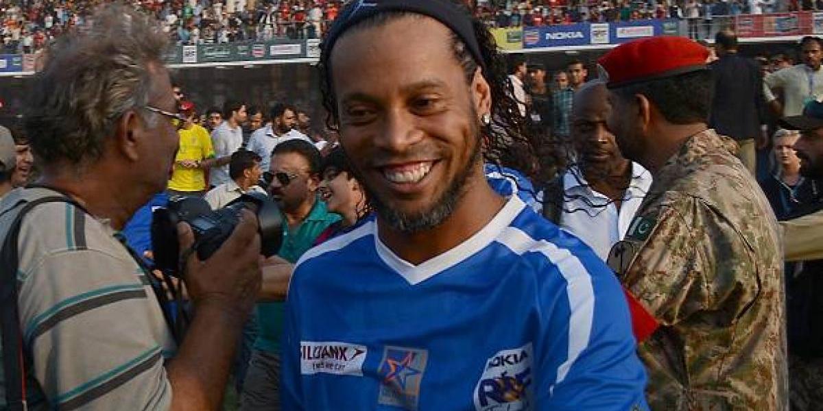 Ronaldinho ya tiene nuevo destino, jugará en Honduras