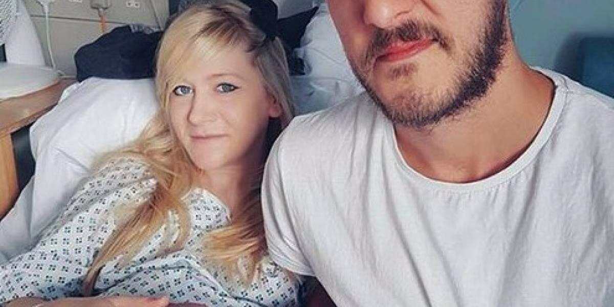 Padres aceptan que su bebé muera en un hospicio