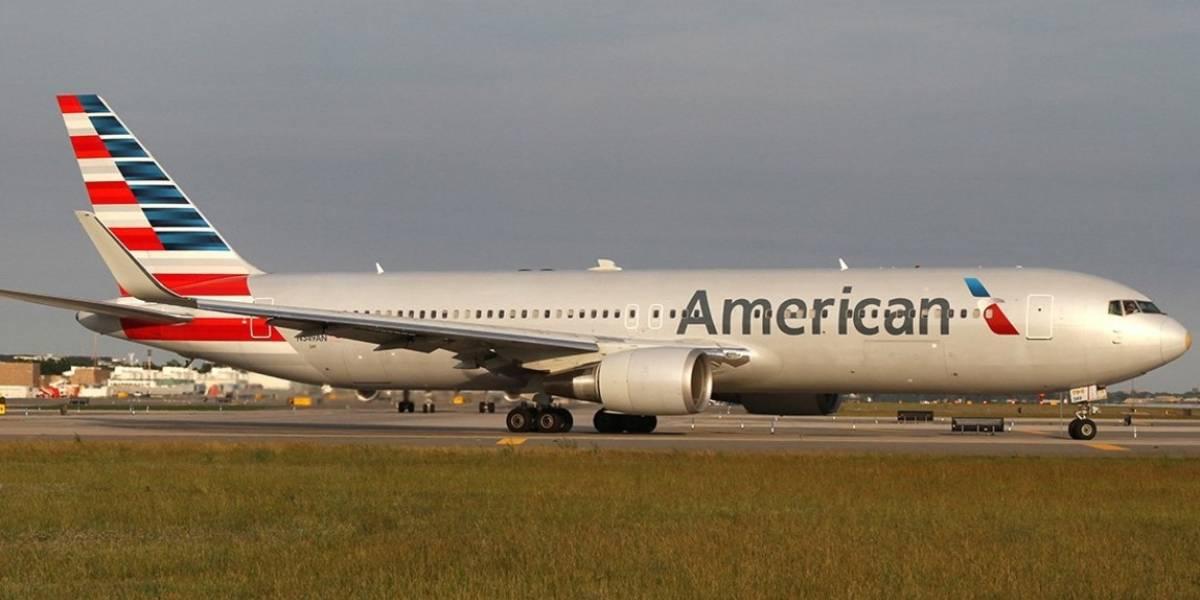 Trabajadores de American Airlines exigen aumento salarial