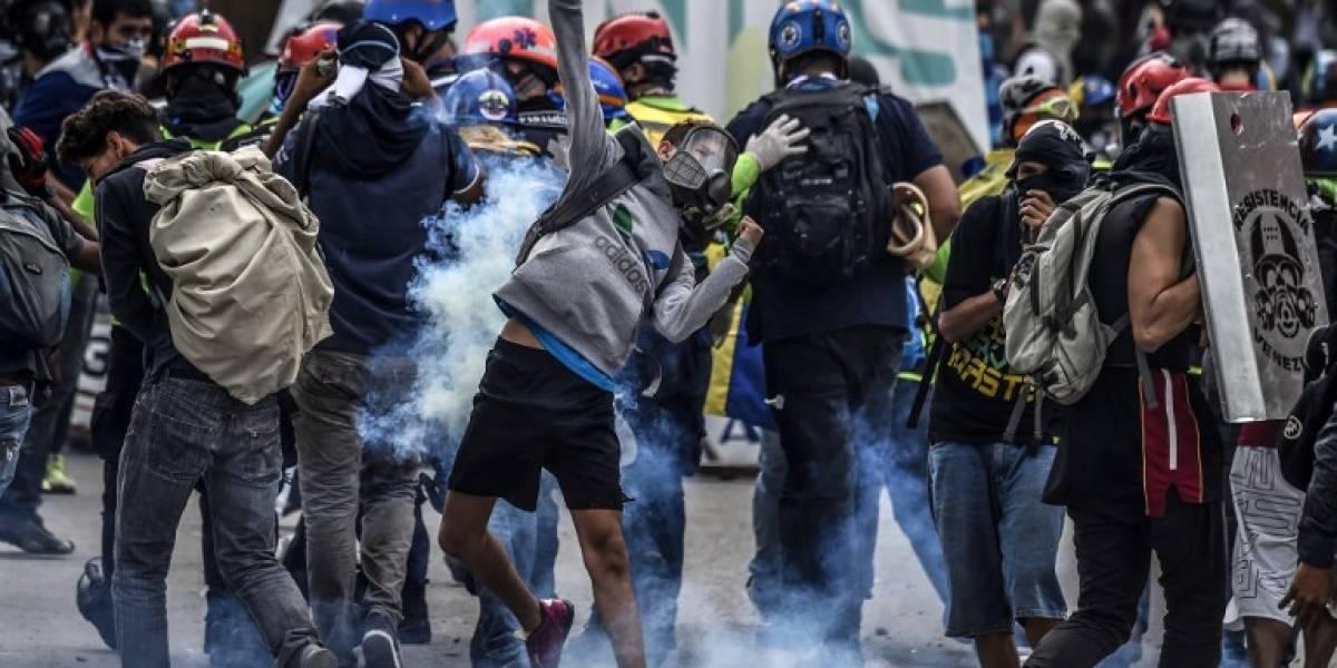 EEUU ordena a familiares de personal de la embajada dejar Venezuela