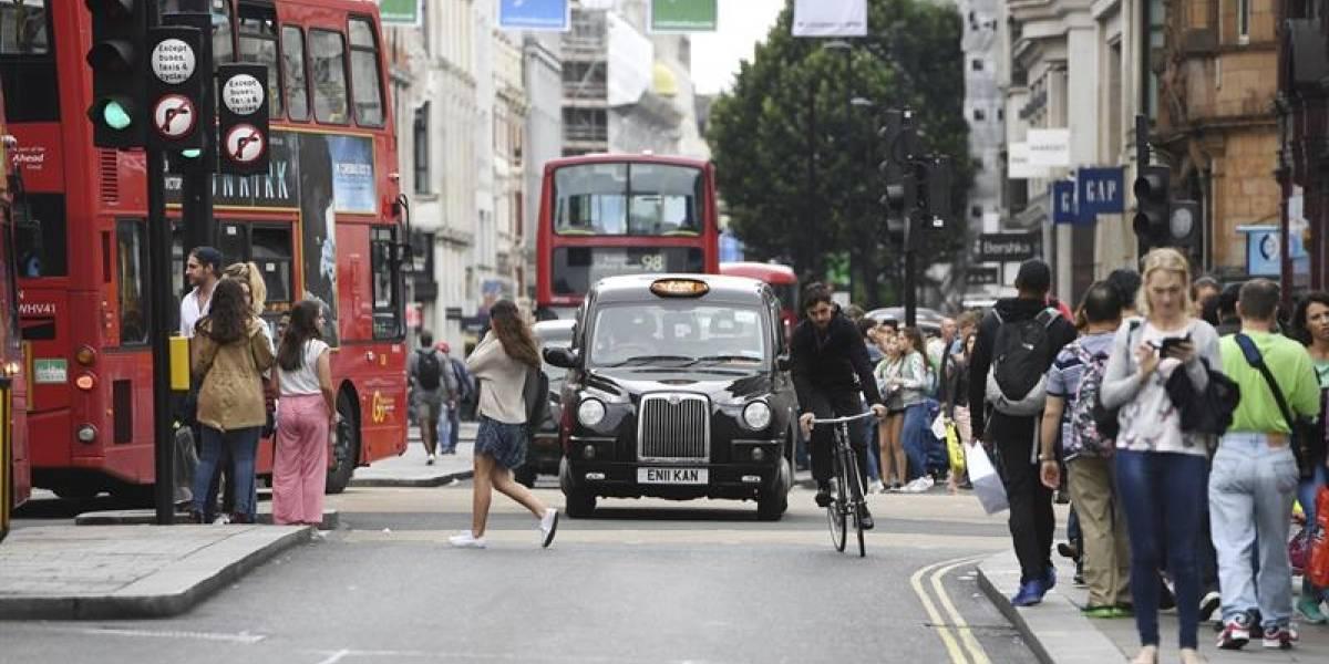 El Reino Unido propone prohibir los vehículos nuevos con diesel o gasolina en 2040