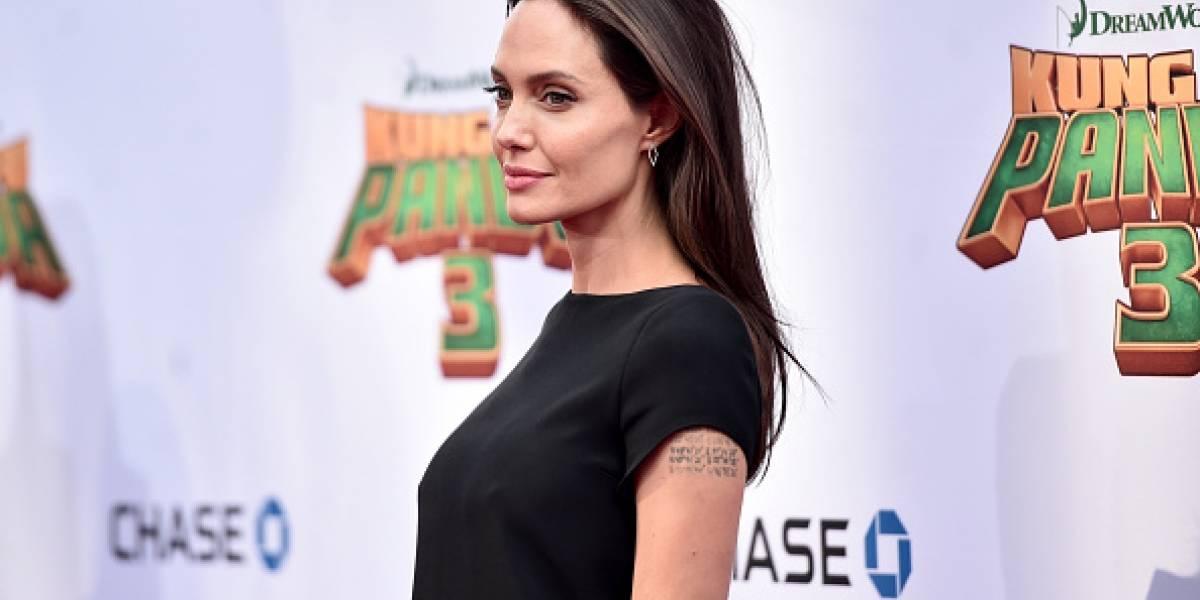 ¡A Angelina Jolie se le paralizó el rostro!
