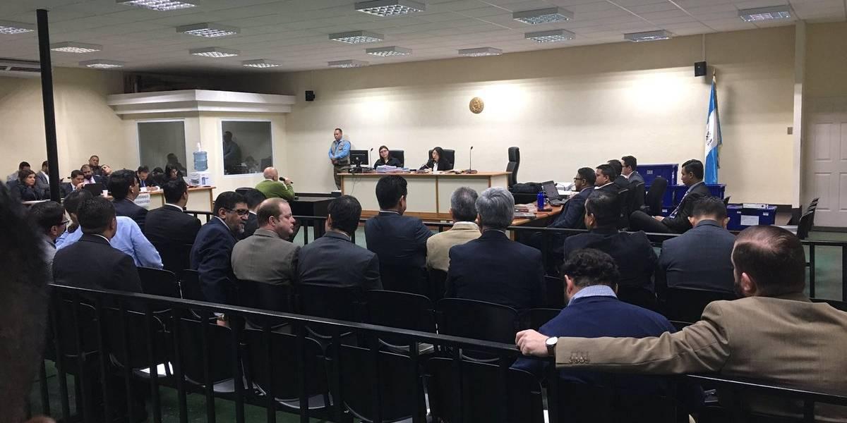 Ministerio Público imputa hechos a señalados en caso de corrupción en el CIV