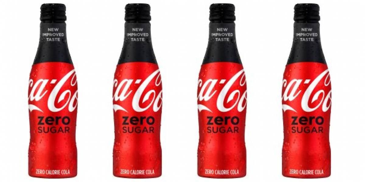 """El """"revolucionario"""" cambio que hace conocida marca de bebida cola con su versión sin azúcar"""