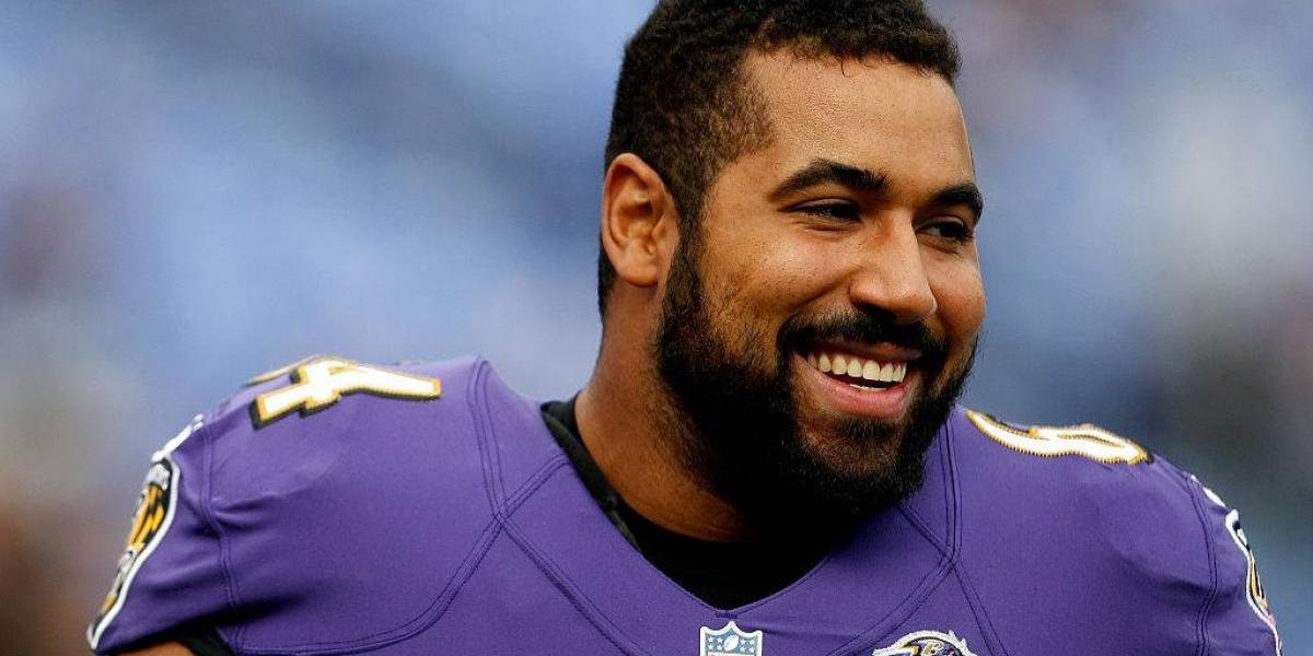 Jugador de la NFL se retira por temor de daño cerebral