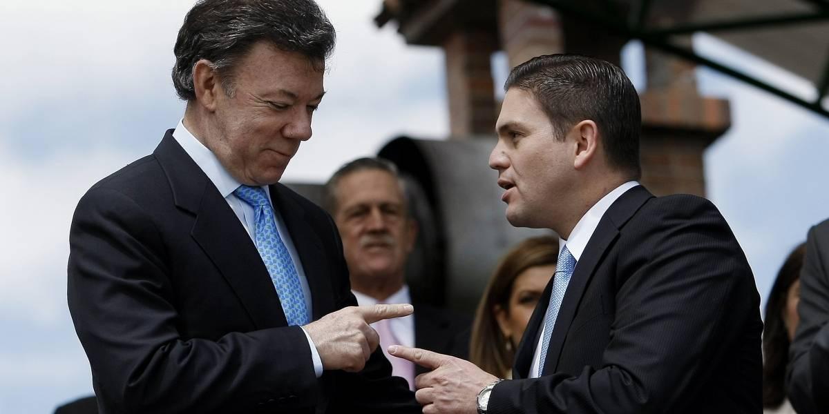 Pinzón le volvió a dar duro a Santos por proceso de paz