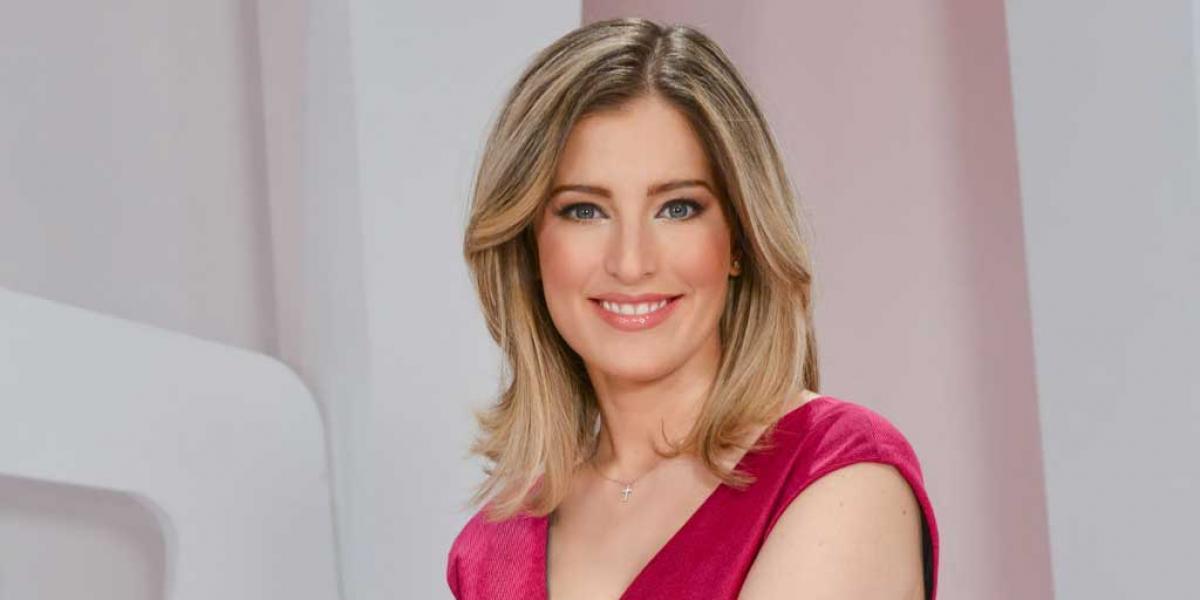 """La cantante María Inés """"asusta"""" con foto sin maquillaje"""