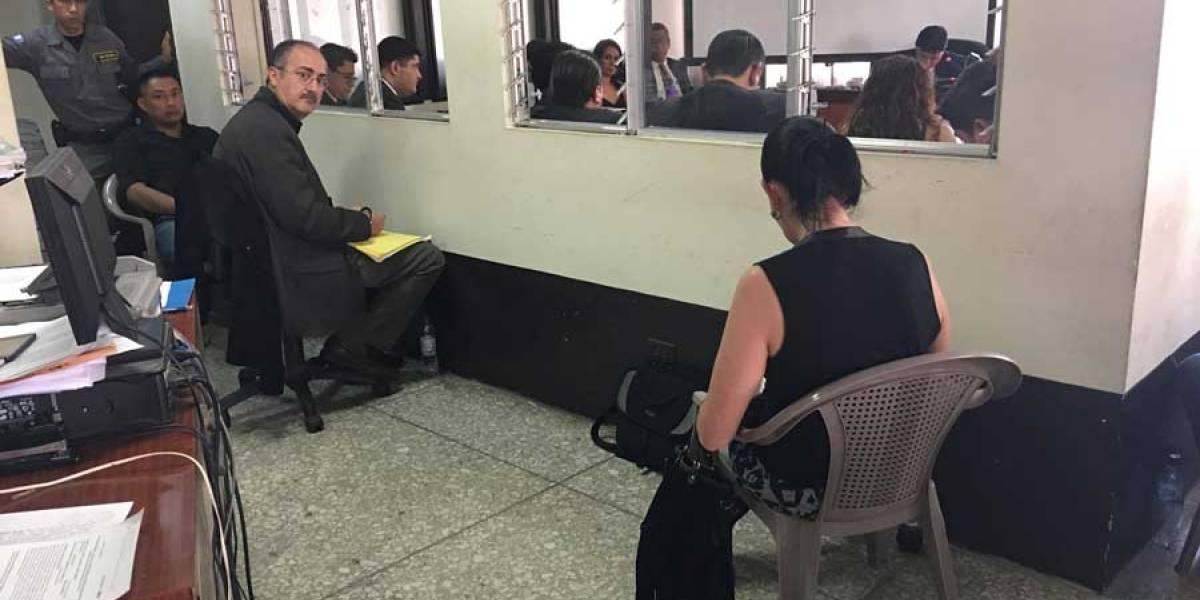 """Incomodidad en """"Plazas fantasma"""" con el expresidente del Congreso Pedro Muadi"""