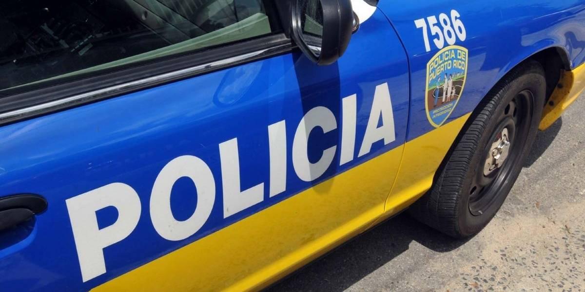 Hallan cadáver en auto incendiado en Trujillo Alto
