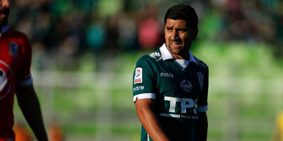 ¿Qué pasó con las fotos de Pizarro en la sede de Wanderers?