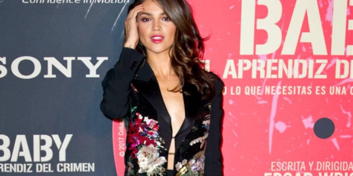 """Eiza González brilla junto a Ansel Elgort en la alfombra de """"Baby Driver"""" en México"""