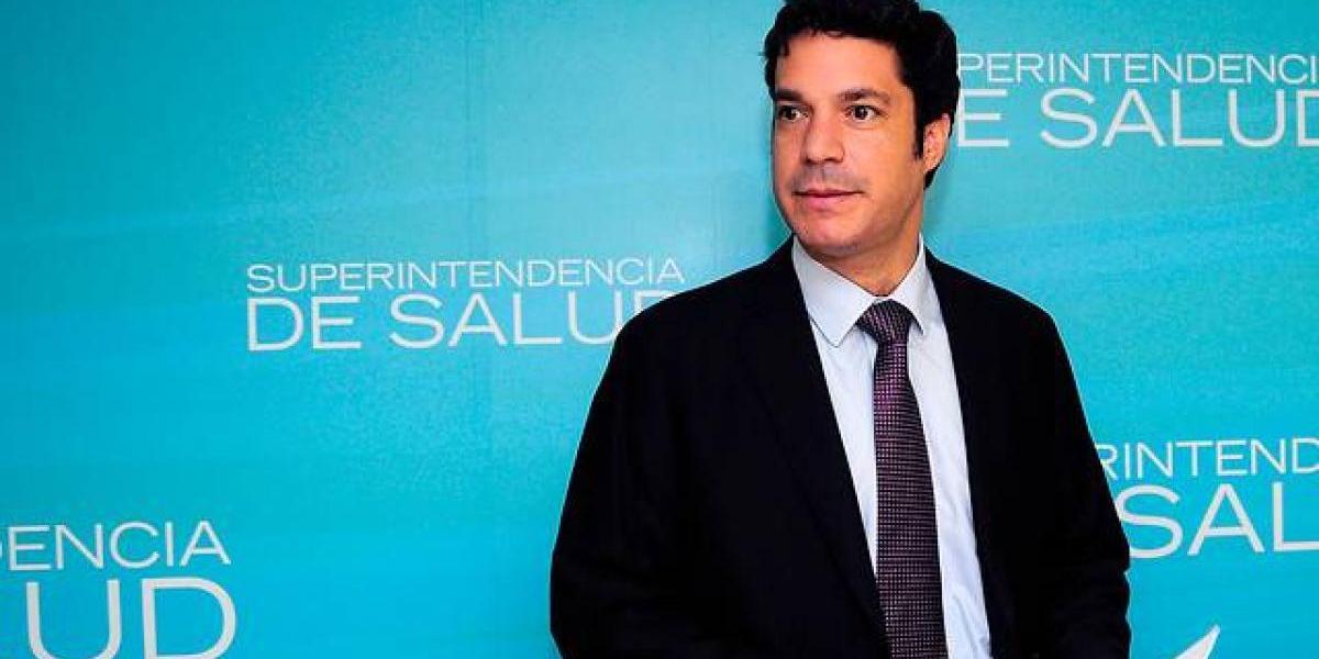 Super de Salud formula cargos contra tres isapres por integración vertical con centros de salud