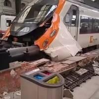 España: 50 heridos en un accidente de tren en Barcelona