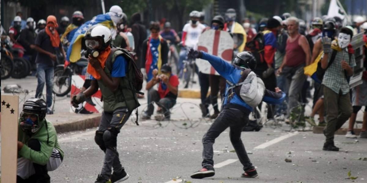 Oposición desafía a Maduro y toma las calles de Venezuela previo a elección