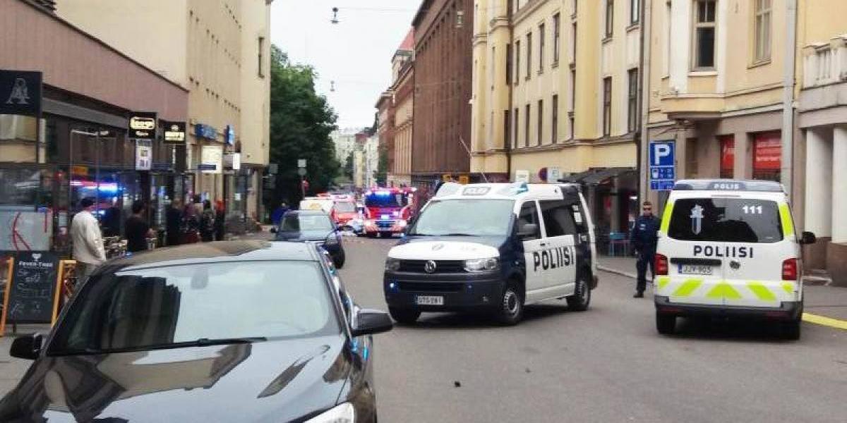 Un muerto y varios heridos por el atropello a una multitud en Helsinki, Finlandia