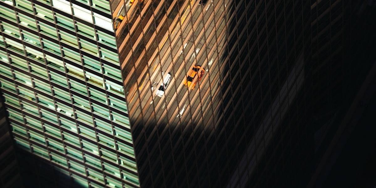 Pareja salta de su apartamento Manhattan por no poder pagar servicios médicos