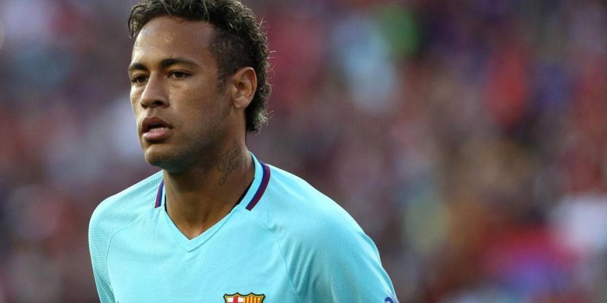 Iniesta restó importancia al encontronazo entre Neymar y Semedo