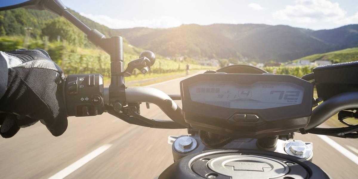 Recomendaciones para no ser un 'buñuelo' a la hora de rodar en su moto