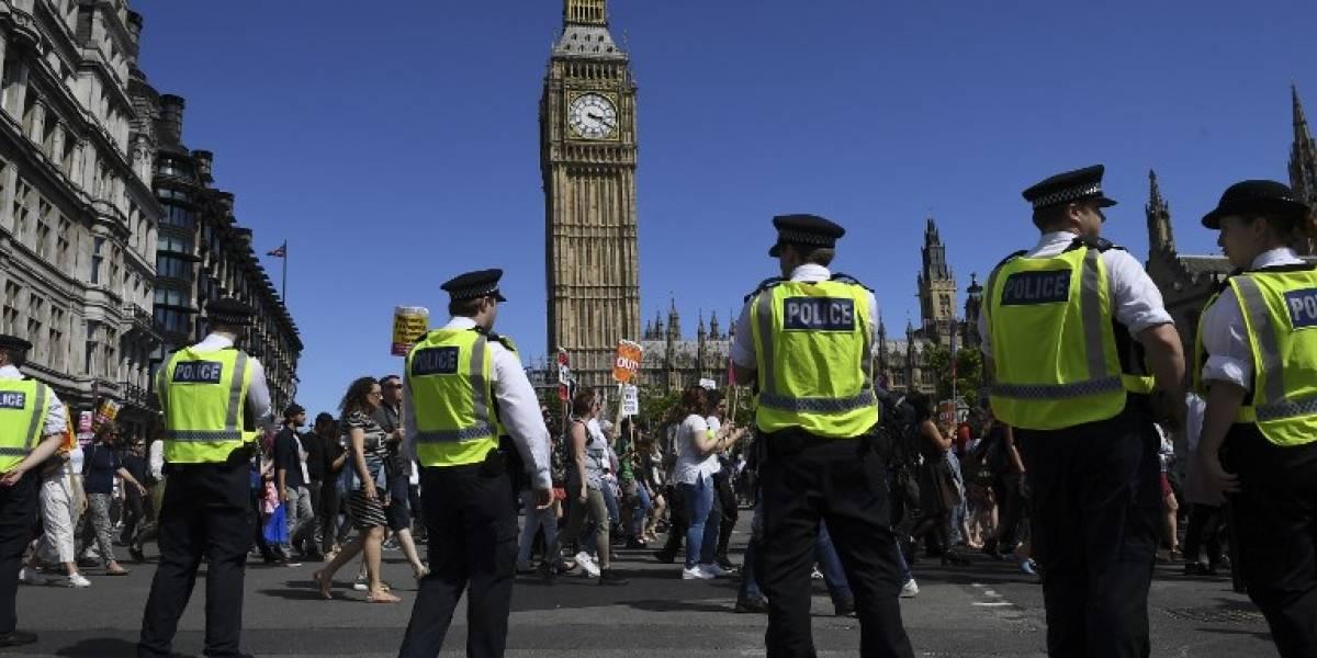 El calvario de una joven que estremece al Reino Unido: fue violada, pidió ayuda y volvió a ser atacada por otro hombre