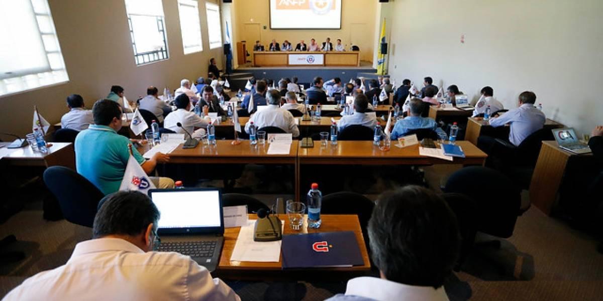 ANFP cita a Consejo de Presidentes para tratar el polémico caso Barnechea
