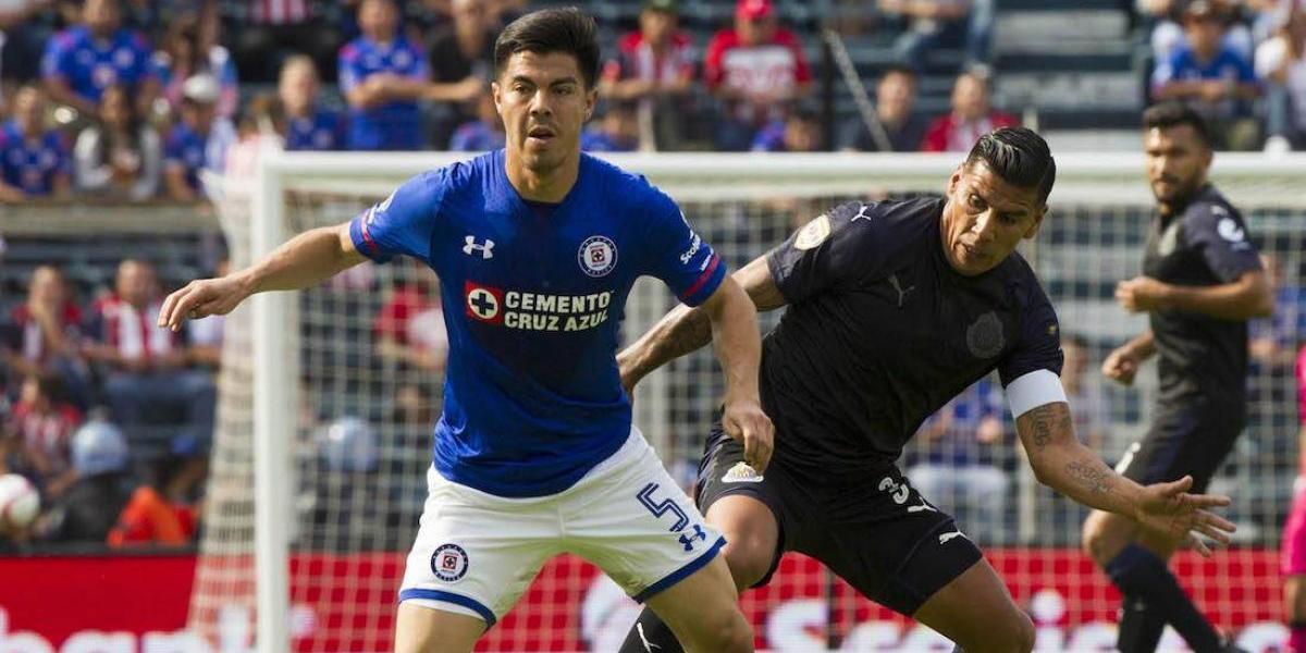 Cruz Azul y Chivas se conforman con un empate