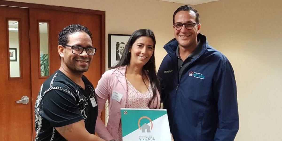 Vivienda entregará hogares propios a familias de Sección 8