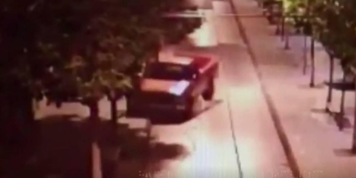 VIDEO. Captan momento en el que conductor ebrio choca en la sexta avenida