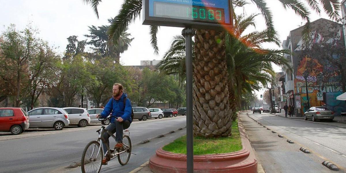 Como en Dinamarca: Santiago celebra instalación de más contadores de bicis y conteo llega a 45 mil