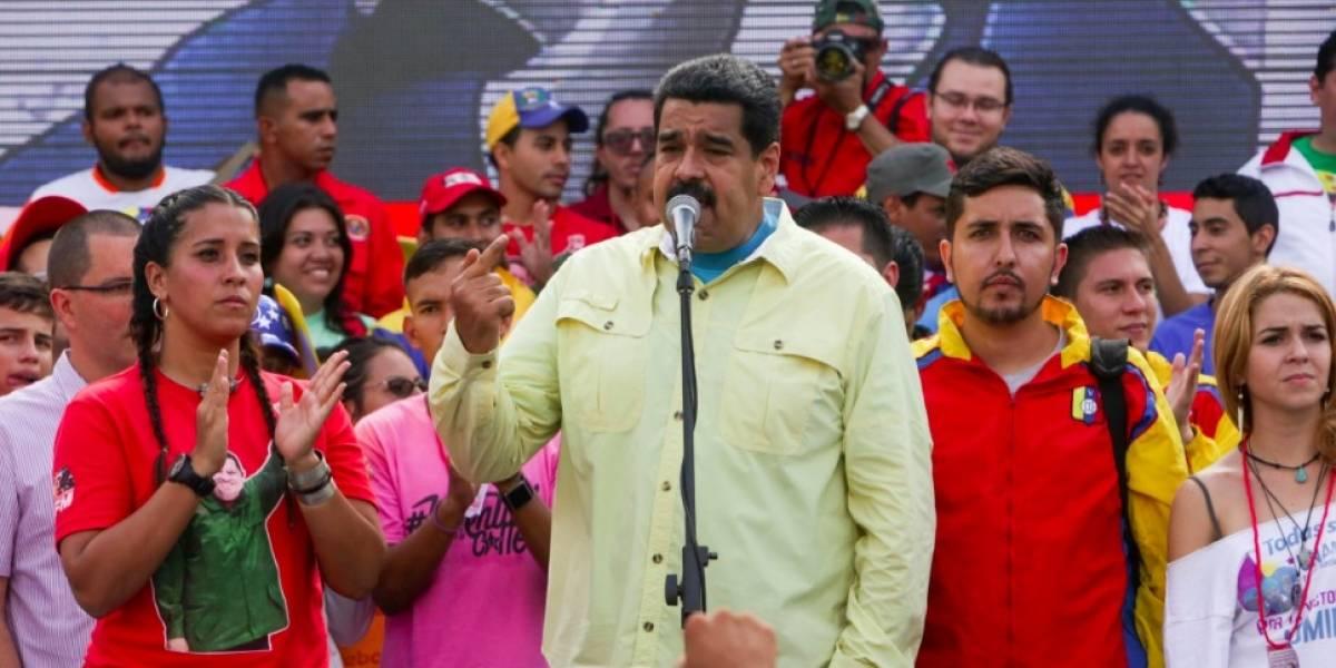 """Maduro dice que Santos """"perdió la cabeza"""" al no reconocer la Constituyente"""