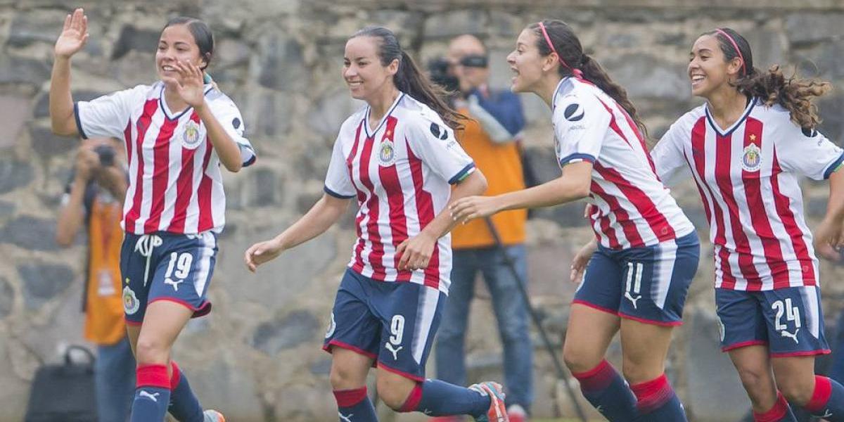 Chicas de Chivas golean a las del Atlas en la Liga Femenil