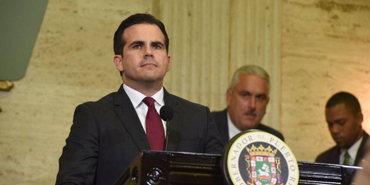 Proyecto firmado por Rosselló permite expropiación forzosa en municipios