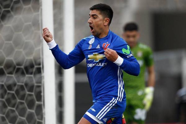 David Pizarro le dio el triunfo a la U / imagen: Photosport