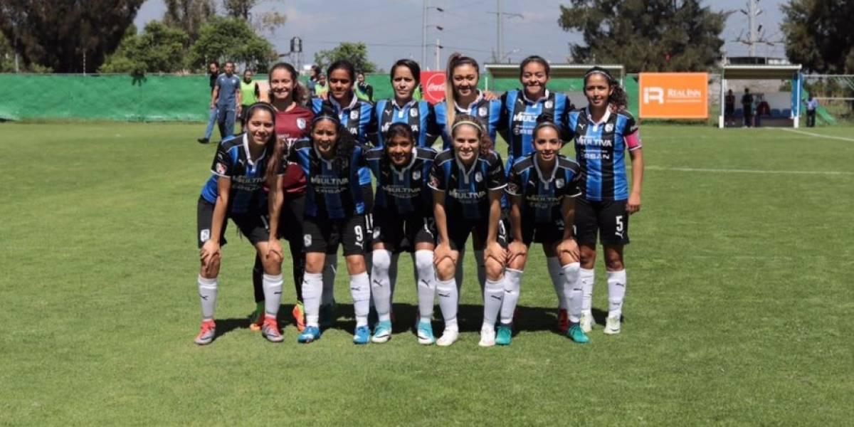 Jugadora de Querétaro se convulsiona en juego de la Liga Femenil
