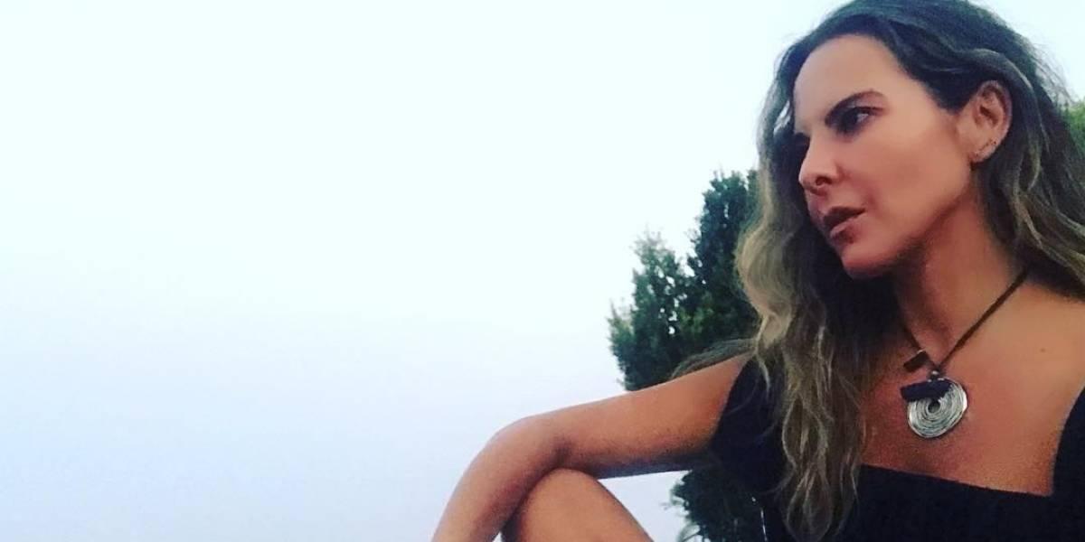 Kate del Castillo comparte foto en bikini