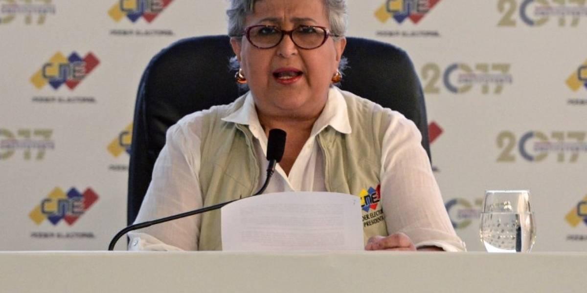 CNE debe responder las denuncias de SmartMatic — Rector Rondón
