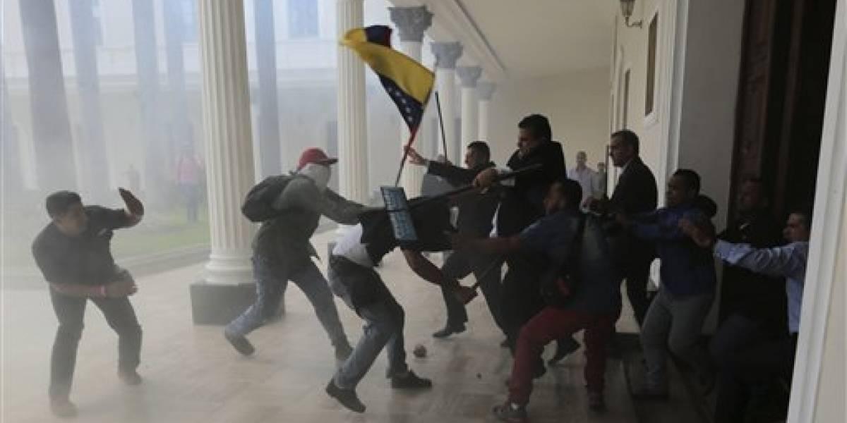 Oposición venezolana reporta 14 muertos durante manifestaciones