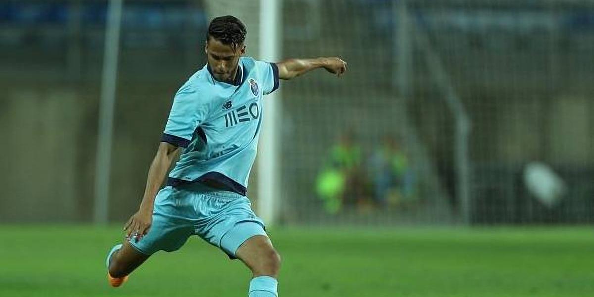 Stuttgart aumentaría la oferta por Diego Reyes