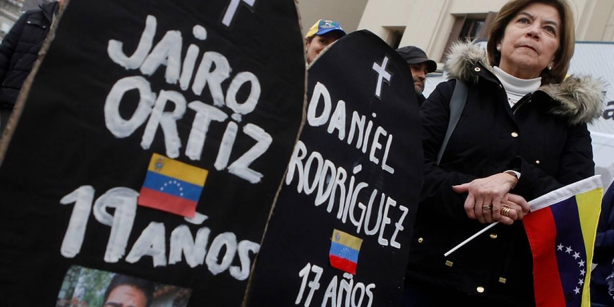 Ordena a familiares de sus funcionarios abandonar Venezuela