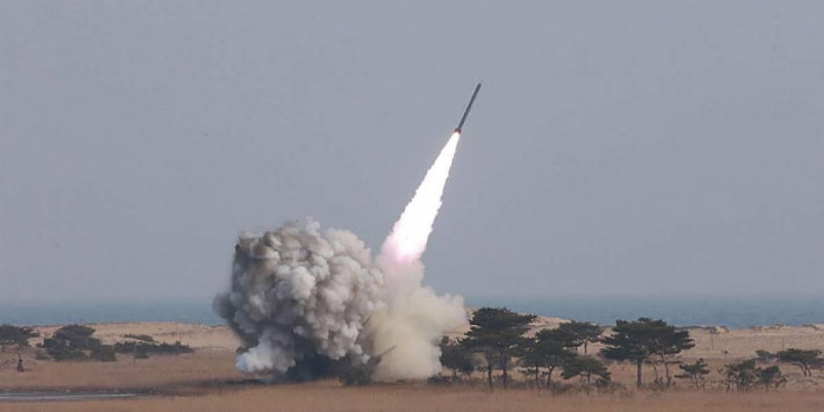 Estados Unidos prueba con éxito sistema de intercepción de misiles de medio alcance